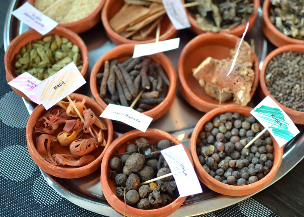 Lucknow Spices