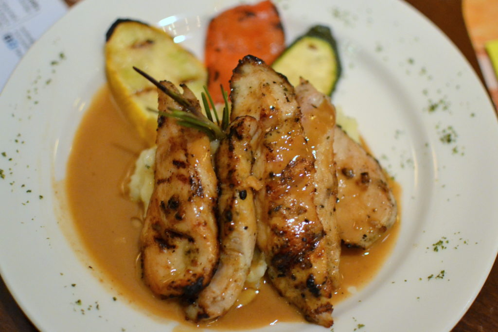 Pollo Grigliato : Grilled Chicken at Serafina Sunday Brunch